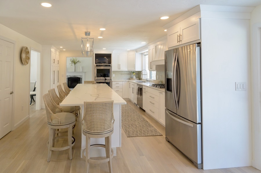 A heavenly white custom kitchen!